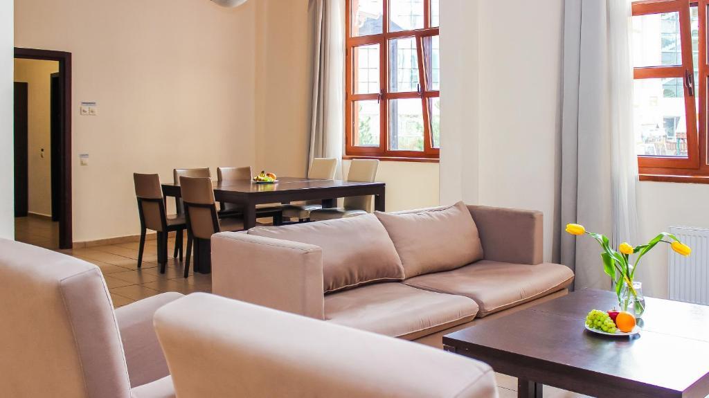 Апартаменты 3 спальни r3 540 недвижимость в дубае на пальме